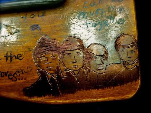 desk-art-boys