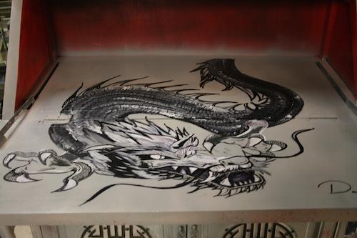 desk-art-dragon