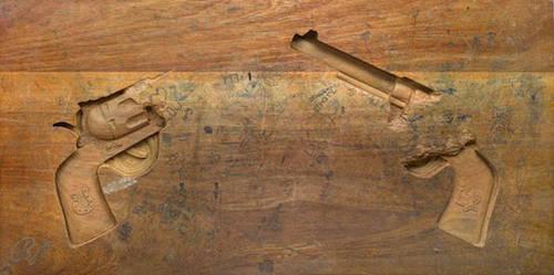 desk-art-gun