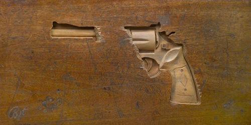 desk-art-pistol