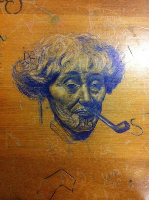 desk-art-woman