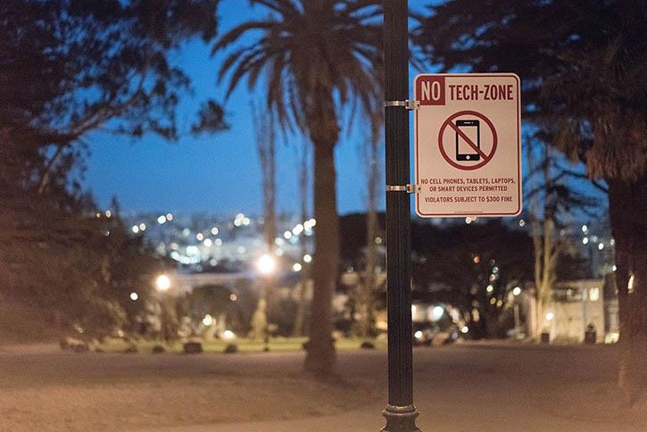 ivan cash, no tech zone contro i vostri iPhone
