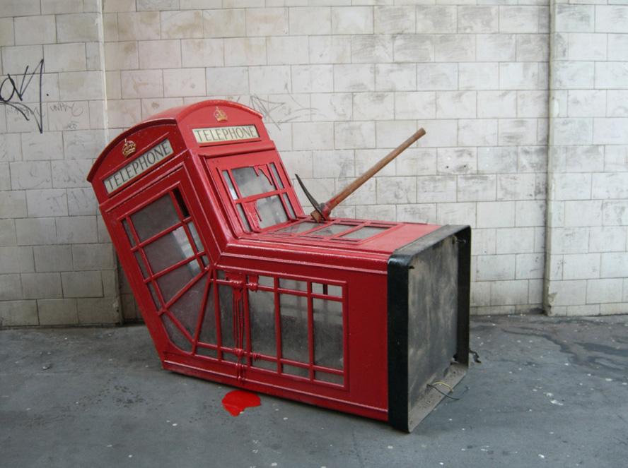08_banksy scultura