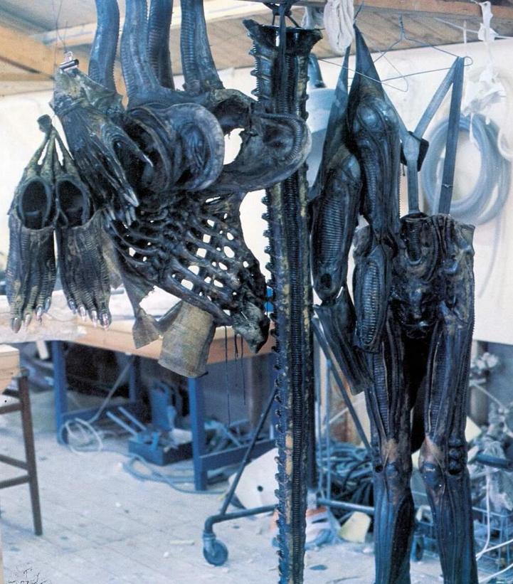 050_alien_ridley scott_sigourney weaver