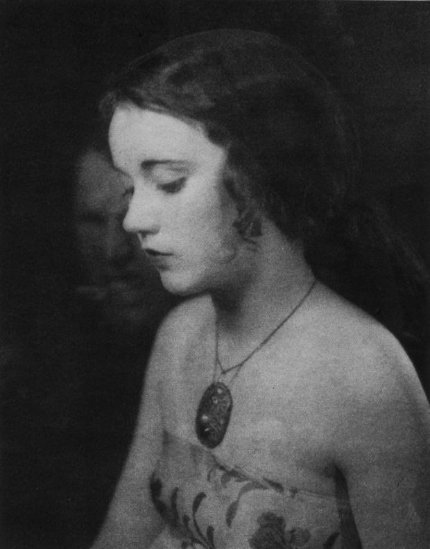 07_Fay Wray_1924_william mortensen