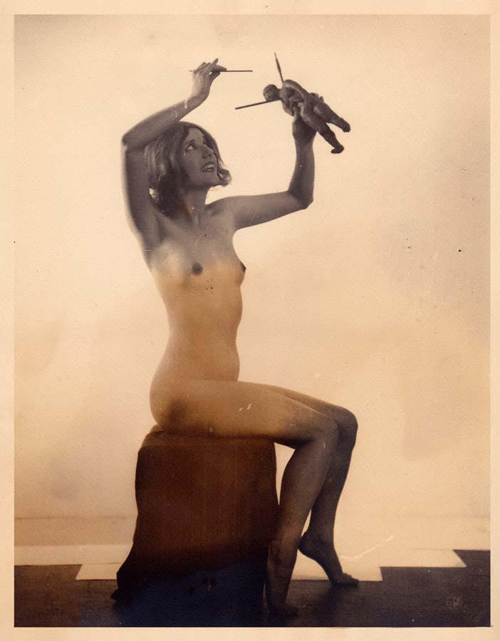 24_from A Pictorial Compendium of Witchcraft 1926_william mortensen